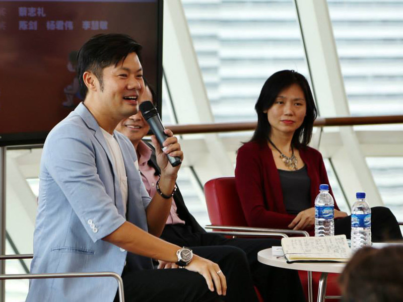 Hiring A Celebrity Emcee For Your Event In Singapore